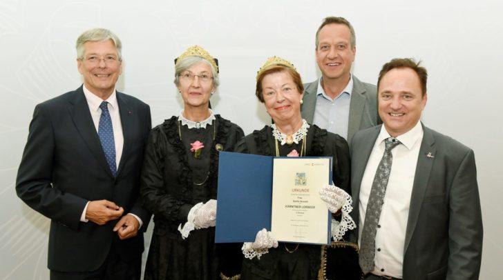 v.l.n.r.: LH Peter Kaiser, Ilse Holzfeind, Sibylle Seiwald, Markus Brandstätter und Bgm. Siegfried Ronacher