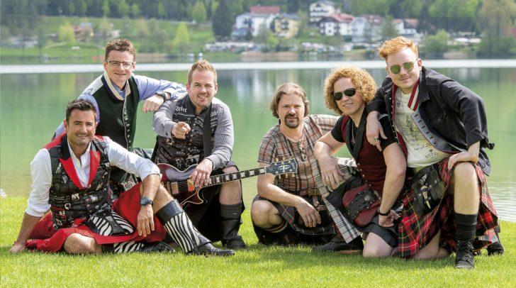 """Die Lauser beim Dreh ihrer neuen Single """"Bis die Sunn aufgeht"""" am Klopeinersee"""