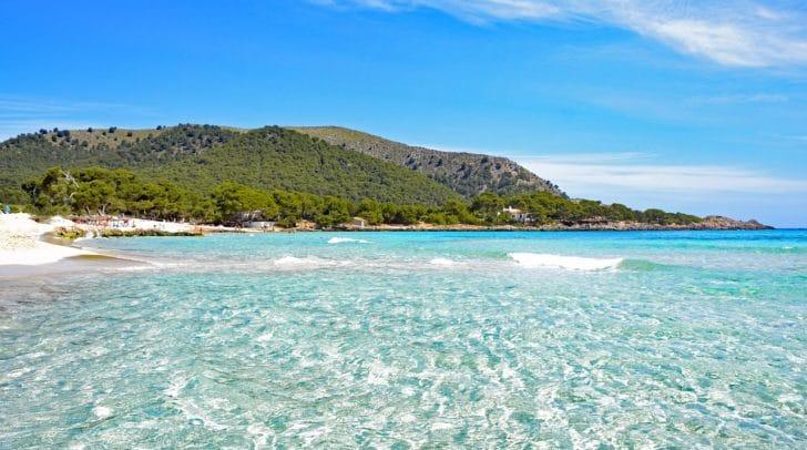 Der Mallorca-Urlaub muss leider verschoben werden: Ab kommendem Montag gilt die Reisewarnung für die Balearen.