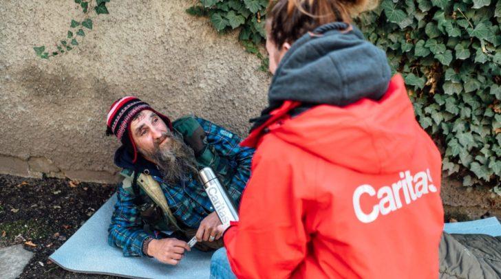 Die Caritas Kärnten hilft Kälteopfern.