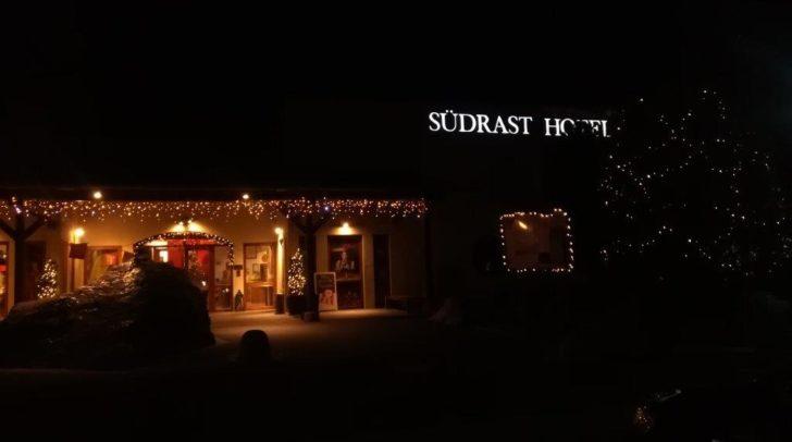 Die wohlige Stimmung ist bei der Südrast – Dreiländerecke ist perfekt für jede Weihnachtsfeier.