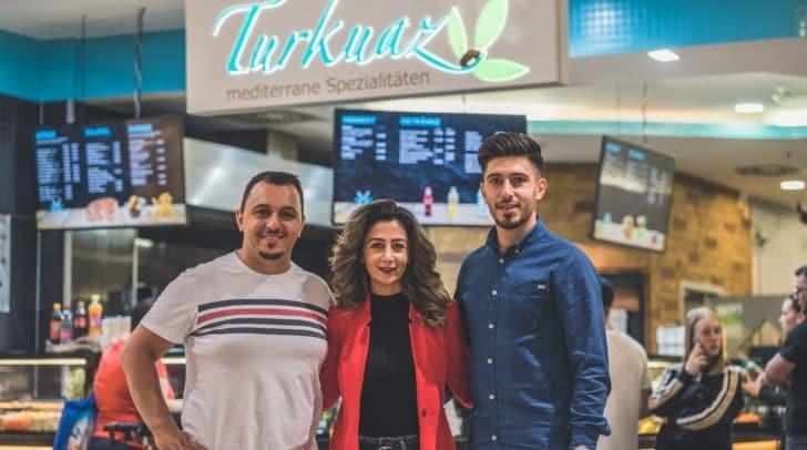 Selcuk Yalcin und sein Team freuen sich dich wieder bei Turkuaz in den City Arkaden begrüßen zu dürfen.