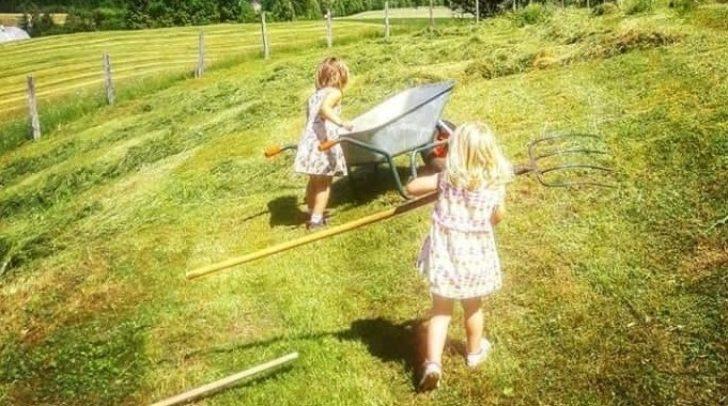 """""""Mit weniger Spielsachen sind Kinder offener fürs freie Spielen"""", so Silvia."""