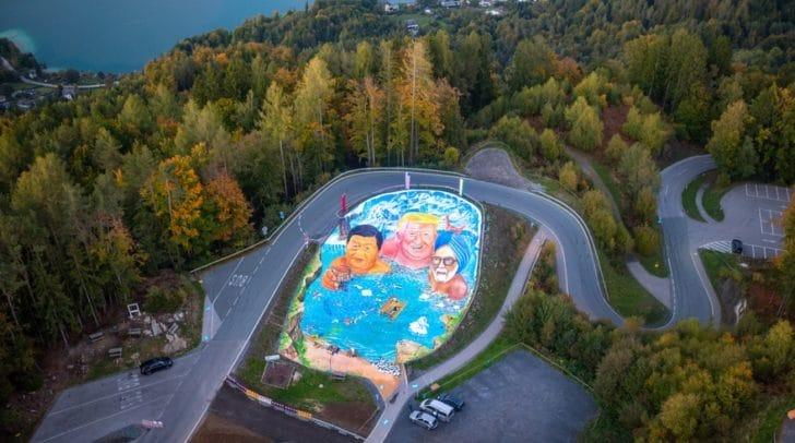 Das Kunstwerk entstand auf einer Fläche von 1.350 Quadratmetern.