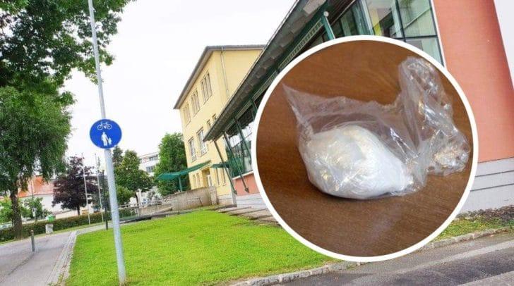 Vor einem Kindergarten wurde das Päckchen mit Kokain gefunden. Auch eine Schule befindet sich in der Nähe.