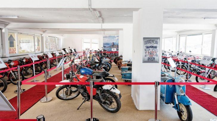 Das Taf-Timer Auto- und Motorradmuseum beherbergt hunderte Fahrzeuge - einige davon werden morgen versteigert.