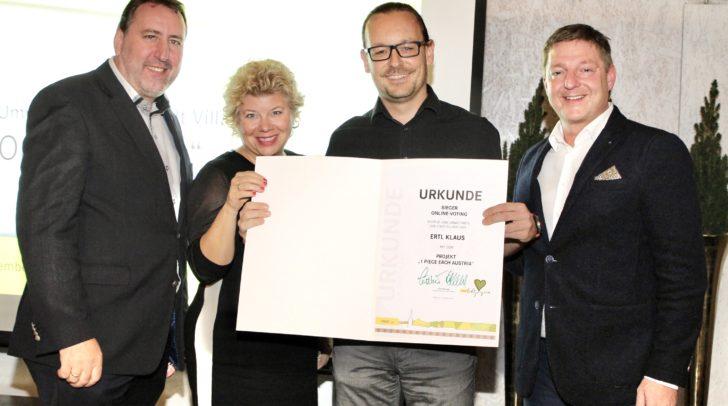 Umweltreferent Erwin Baumann, Vizebürgermeisterin Irene Hochstetter-Lackner, Klaus Ertl (Sieger Online-Voting) und Bürgermeister Günther Albel.