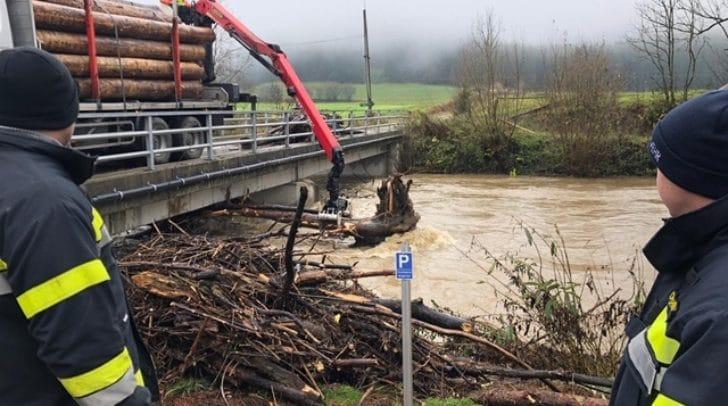Insbesondere die Gemeinden Straßburg und Gurk sollen unmittelbar von dem Hochwasser betroffen sein.