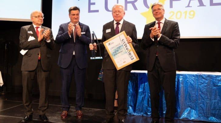 """Der """"Europaeus"""" in der Kategorie """"Europapolitik"""" wurde an Altbundeskanzler Franz Vranitzky verliehen."""