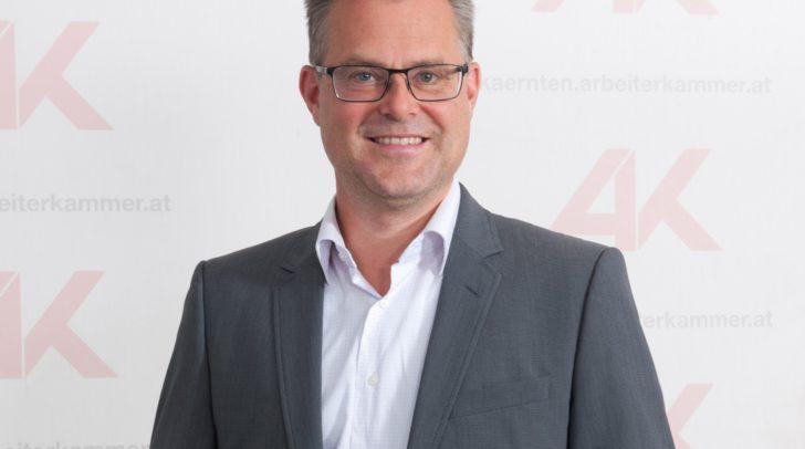 Stephan Achernig, Leiter des AK-Konsumentenschutzes, warnt vor gefälschten E-Mails und SMS.