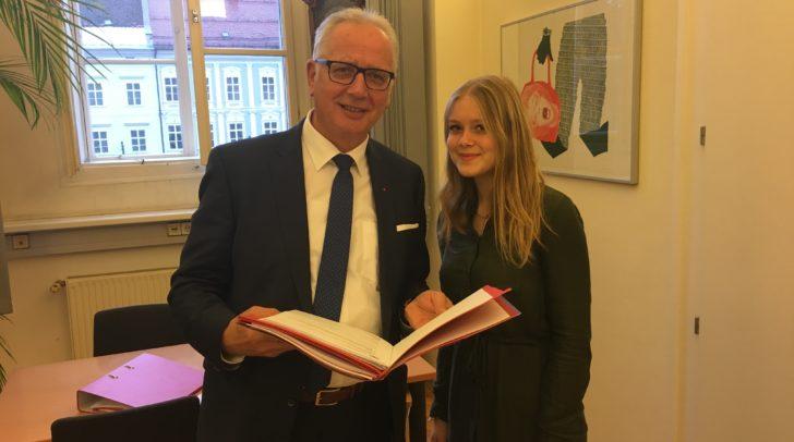 Reinhart Rohr 1. Präsident des Landtages und Nina Weberhofer von