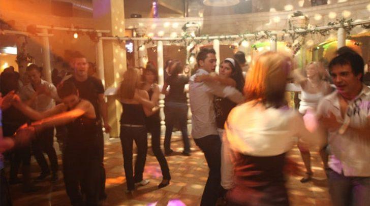 Dance & Fun in der Tanzarena Colosseum V-Club