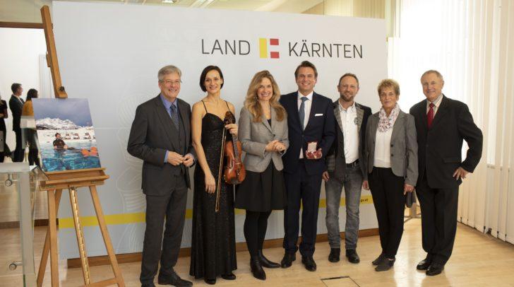 LH Peter Kaiser, Geigerin Deniza Liebhauser, Christina Kitz und der ausgezeichnete Harald Kitz, sein Bruder Johann, Mutter Margarethe und Vater Johann.