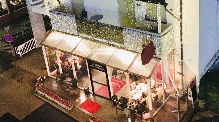 Die Cafe-Bar 16er in der Veldener Wörtherseebucht startet eine tolle Spendenaktion zur Weihnachtszeit.