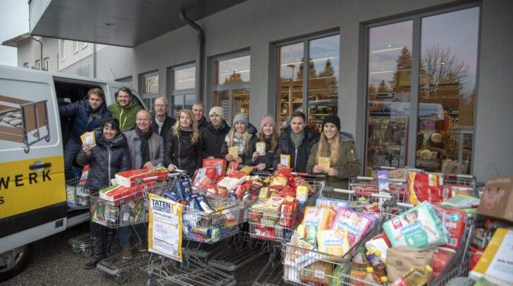 Unglaubliche 20 Einkaufswägen voller Lebensmittel für Familien in Not konnten gesammelt werden.