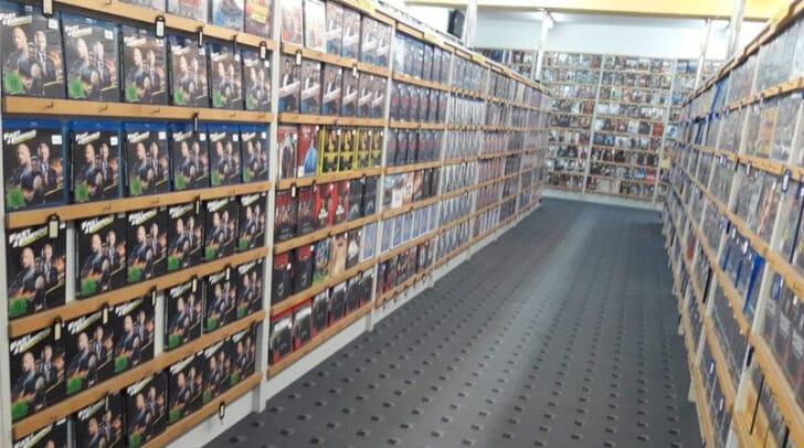 23.000 Filme ausgestellt