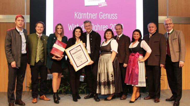 """Familie Prasser vom Cafe Restaurant Jedermann freuten sich über die Auszeichnung """"Genuss Wirt des Jahres 2020""""."""