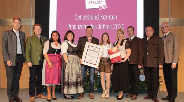 """Martin Pratnekar (5 v.l.) aus St. Michael wurde """"Genussland Kärnten Produzent<br /></noscript>des Jahres 2020""""."""
