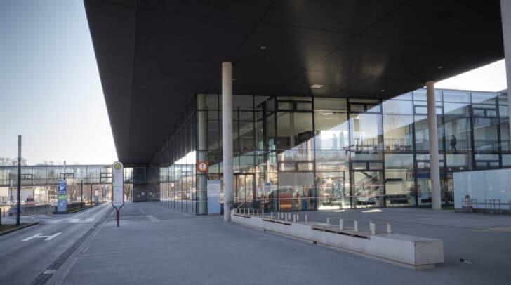 Der Steirer wurde mit Verletzungen unbestimmten Grades in das Klinikum Klagenfurt eingeliefert.
