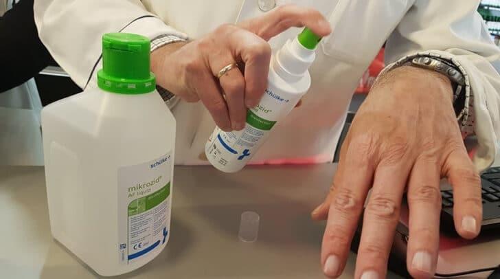 Mehrere Liter Desinfektionsmittel wurden aus einer privaten Garage im Bezirk Klagenfurt gestohlen.