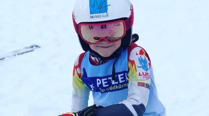 Luca liebt das Skifahren und ist mit seinen 8 Jahren schon sehr erfolgreich bei Rennen unterwegs.