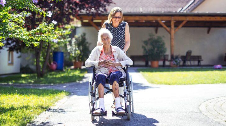 An pflegende Angehörige richtet sich ein drei Module umfassender Kurs der Caritas Kärnten in Villach.