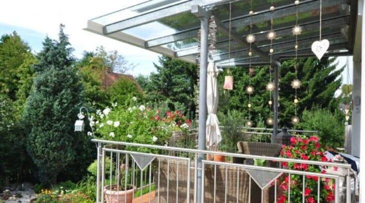Überdachungen für Terrassen werden ebenfalls angeboten.