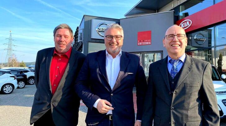Geschäftsführer Martin Sintschnig (Mitte) mit den Verkaufsberatern Gerhard Selisch (links) und Manfred Laber (rechts)