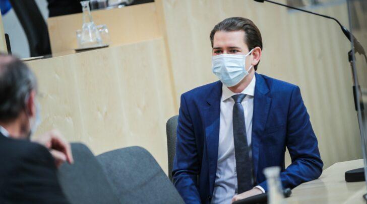 Die von Bundeskanzler Sebastian Kurz angekündigten neuen Corona-Maßnahmen treten am Freitag um 00.00 in Kraft.