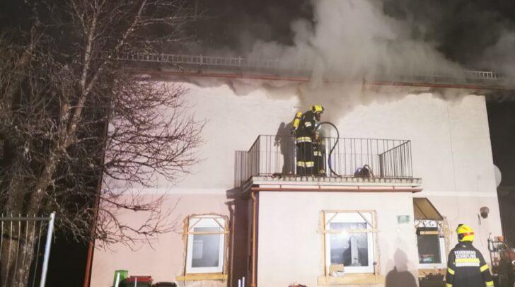 Im Einsatz standen die Freiwilligen Feuerwehren Augsdorf, Schiefling, St. Egyden, Velden am Wörthersee und Lind ob Velden.