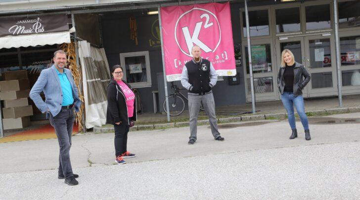 Jugendreferent Stadtrat Markus mit dem Team von WIKI