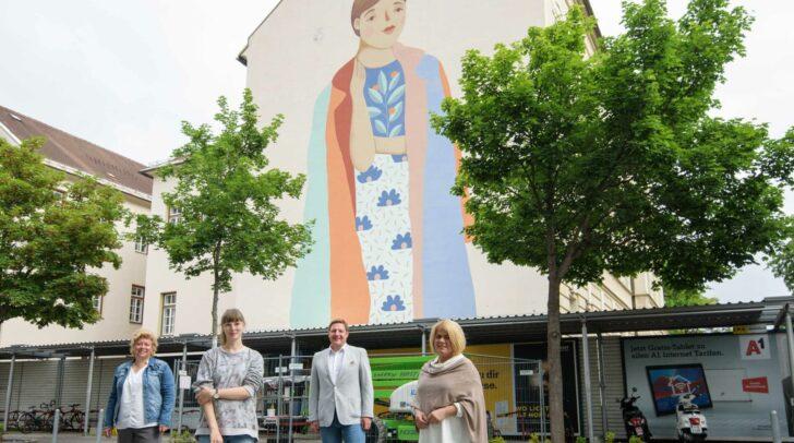 Street-Art-Künstlerin Isa Toman malte das Motiv auf die Khevenhüllerschule.