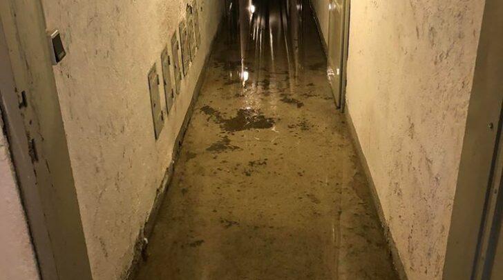 Die unter Wasser stehenden Kellerabteile wurden wieder trocken gelegt.