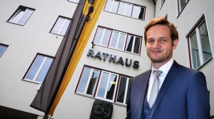 Der Magistratsdirektor Christoph Herzeg (rechts im Bild) wird scharf kritisiert.