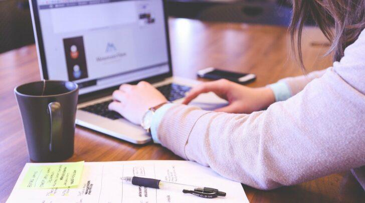 Ob in der Arbeit, der Schule oder auch in der Freizeit – schnelles Internet ist in vielen heutigen Lebensbereichen wichtiger denn je.
