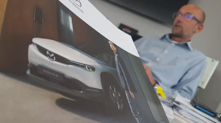 Der vollelektrische Mazda MX-30 ist ab 25. September erhältlich.