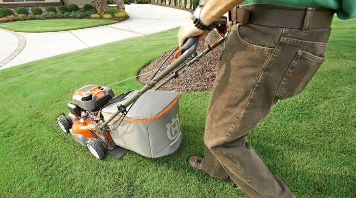 Die Experten von HB Hausbetreuung kümmern sich um Haus und Garten - so hast du Zeit für deine Liebsten.