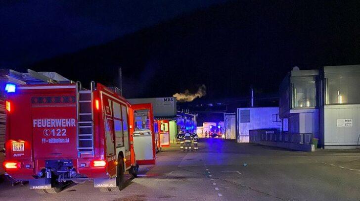 Durch das Eingreifen der Einsatzkräfte konnte der Brand rasch gelöscht werden. Die Schadenshöhe ist derzeit noch unbekannt.