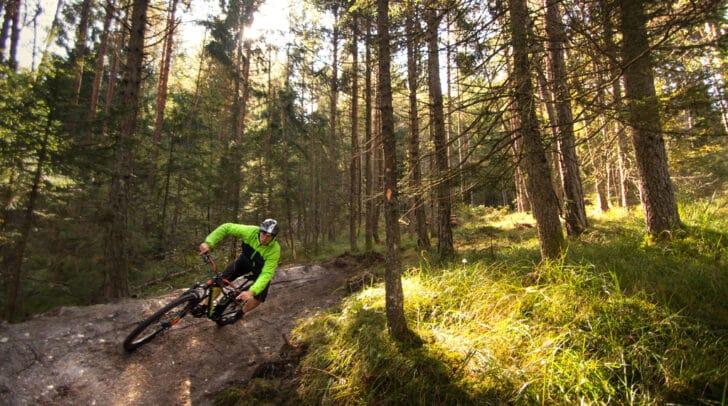 Die Mountainbiker-Szene wird auf die Trails in den Karawanken aufmerksam.