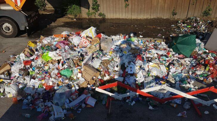 Die Müllberge stapeln sich in Klagenfurt.