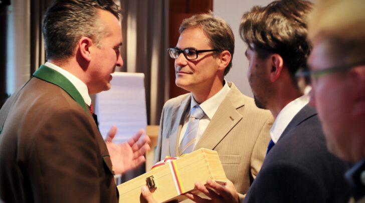 Gernot Darmann, Gernot Prinz, LAbg. Dietmar Rauter (v.l.n.r.)