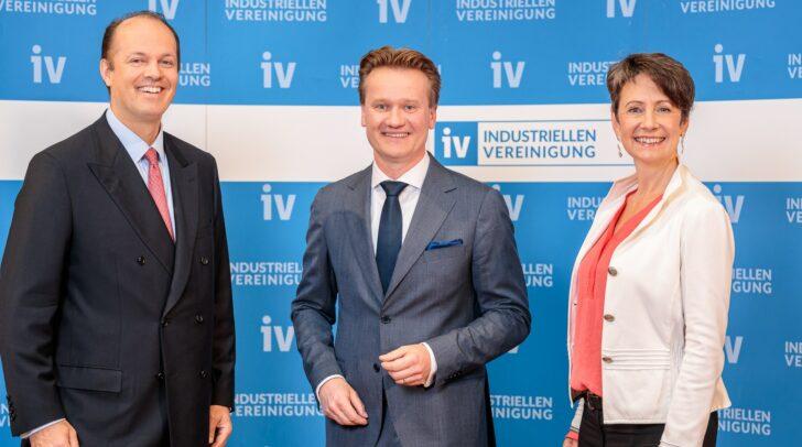 Philipp von Lattorff, Georg Knill und Sabine Herlitschka bilden gemeinsam den neuen Vorstand der IV.