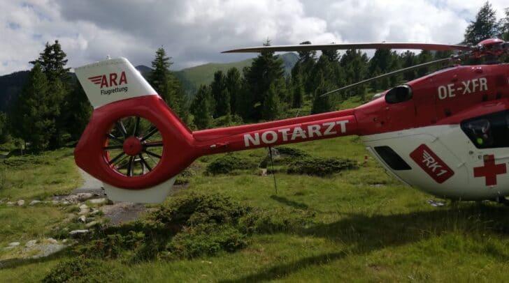 Im Einsatz steht das Team der ARA Flugrettung.