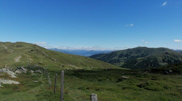 Im Osten Kärntens kann sich besonders am Vormittag länger die Sonne behaupten.