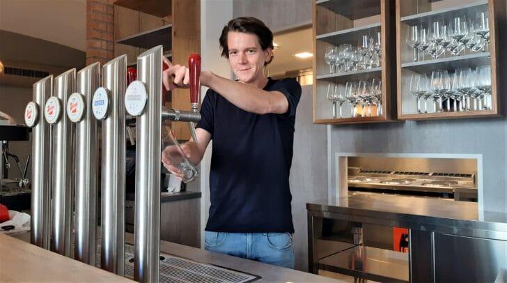 Stefan Gregorz will mit seinem Lokal Radius 68 mehr Leben auf den Hans-Gasser-Platz bringen!