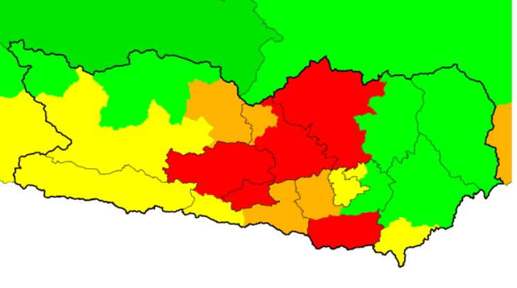 Für mehrere Bezirke in Kärnten spricht die UWZ derzeit eine akute Gewitterwarnung aus.