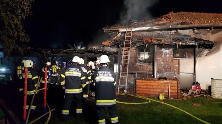 Über 100 Einsatzkräfte standen beim Brand im Einsatz und konnten durch das rasche Eingreifen noch größere Schäden verhindern.