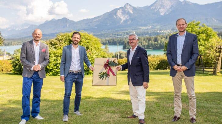 v.l.n.r.: Kärnten Werbung-Geschäftsführer Christian Kresse, LR Sebastian Schuschnig, Hotelier Helmut Hinterleitner und KBV-Vorstand Martin Payer