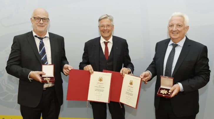 Ehrenzeichenverleihung des Landes Kärnten ; Hans Schönegger, LH Peter Kaiser, Erich Dörflinger ; ©fritzpress