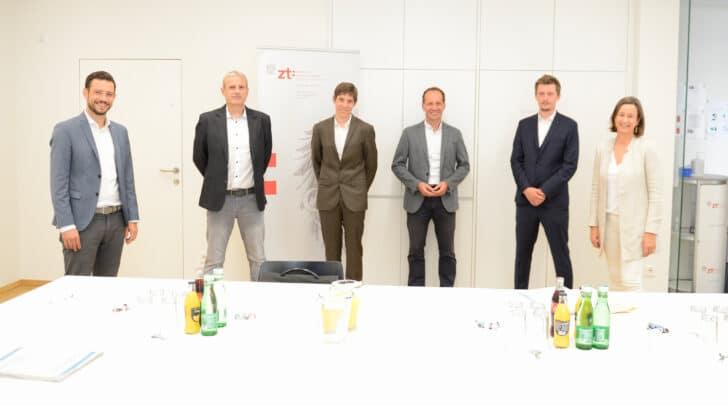 LR Sebastian Schuschnig, Kammer-Vizepräsidentin Barbara Frediani-Gasser, Robert Eder, Lucian-Constantin Enache, Andreas Maitisch und Heinz Anton Pflügl